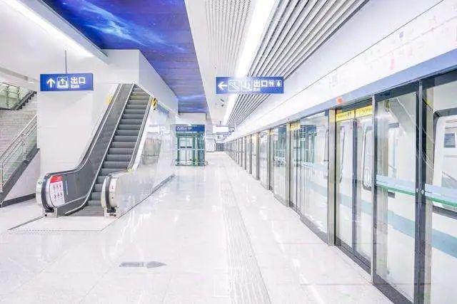 欧陆美居抗菌吊顶应用于武汉地铁8号线,助力经济复苏蓬勃发展